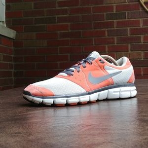 NIKE FREE RUN EVERYDAY 2 SHOES 9.5
